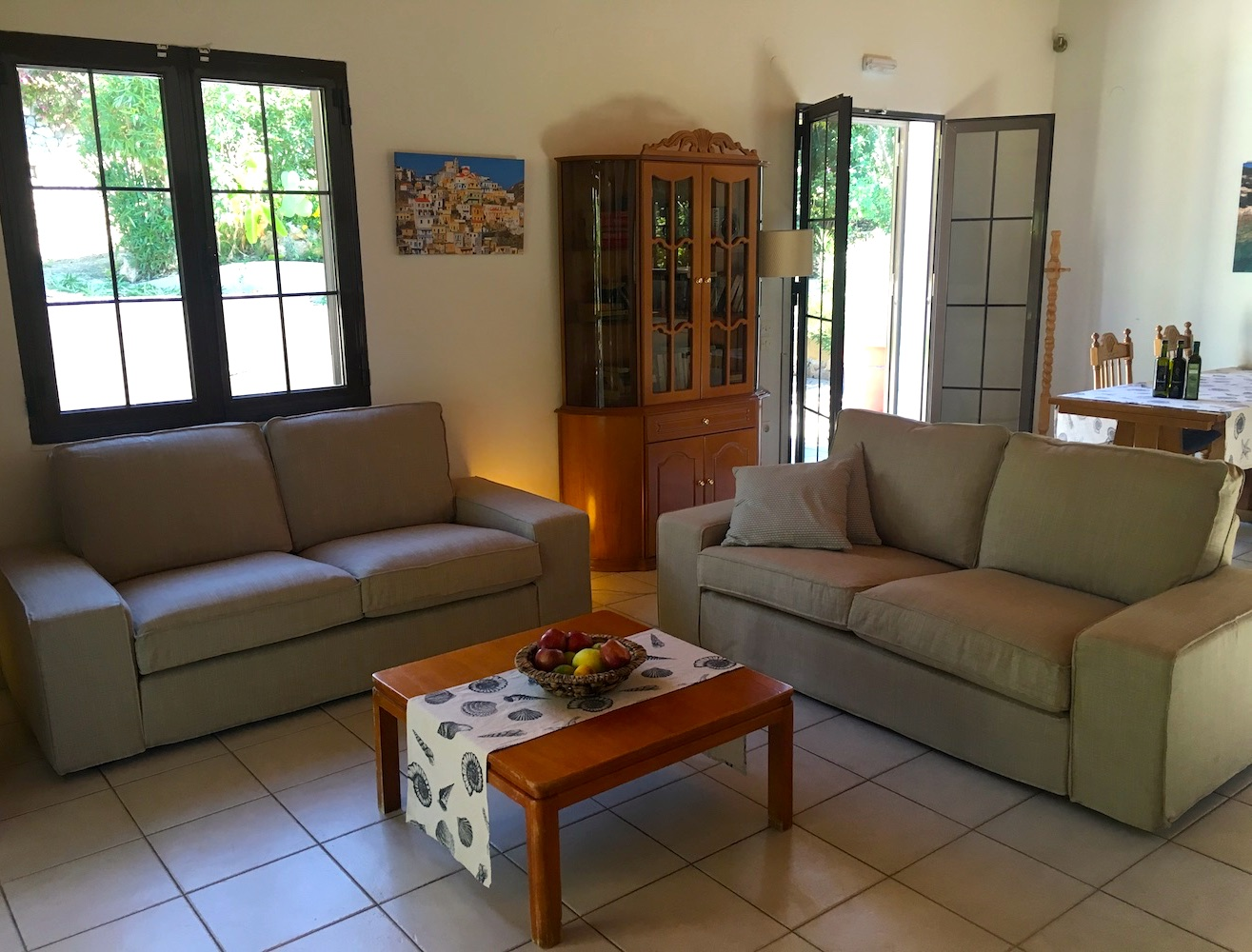 1-bungalow-suze-living-room