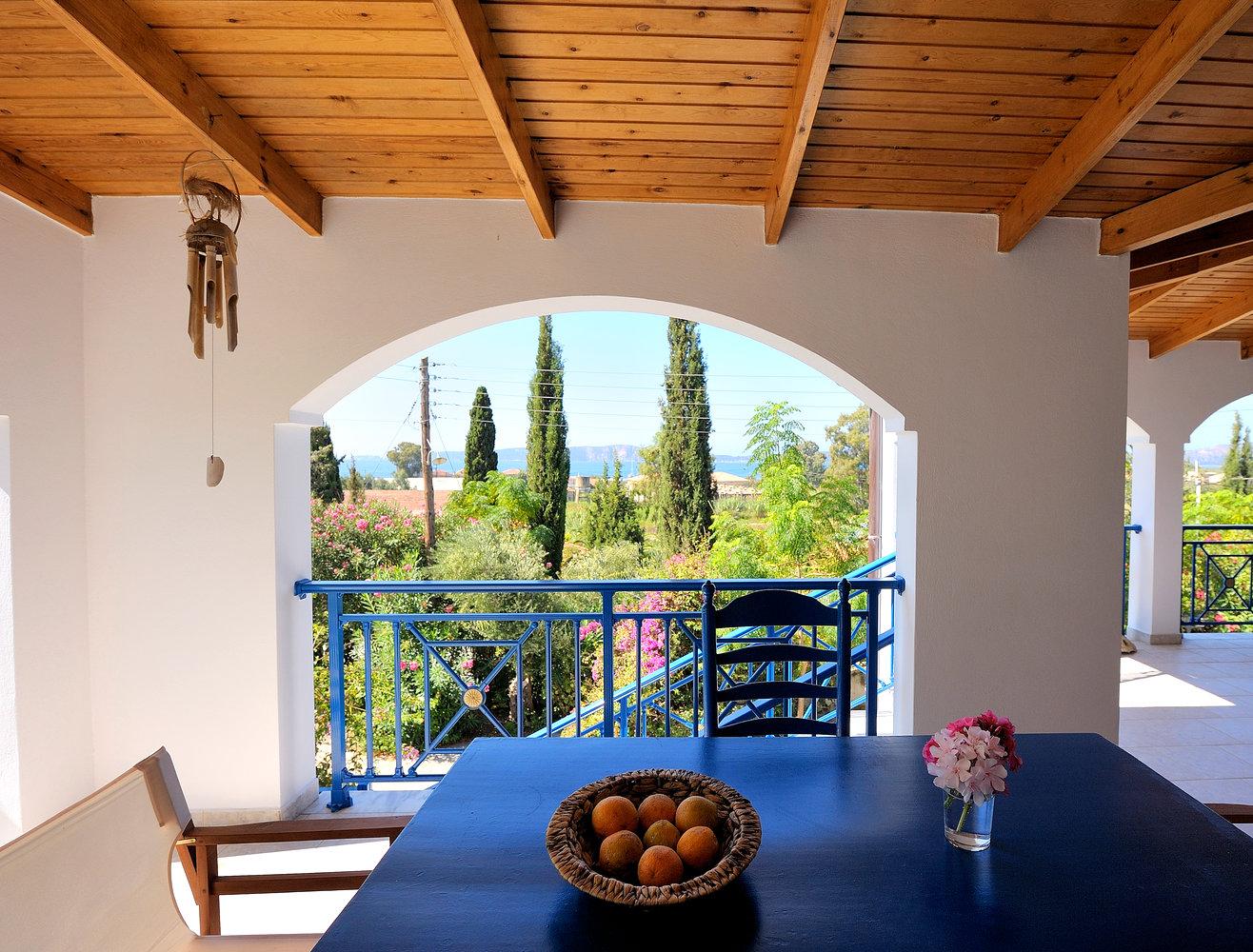 Veranda Villa Hetty